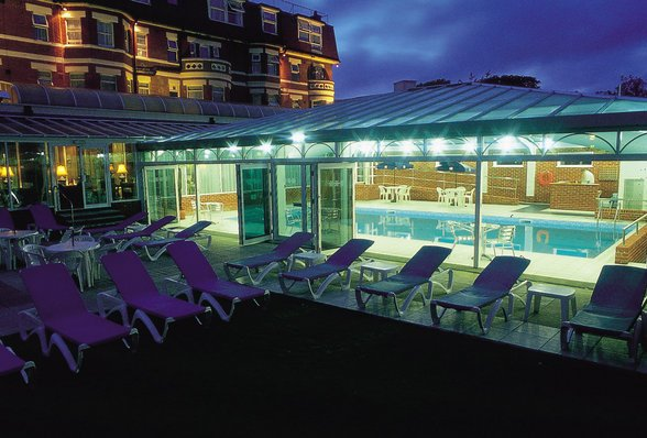 West Cliff Bournemouth leisure facilities