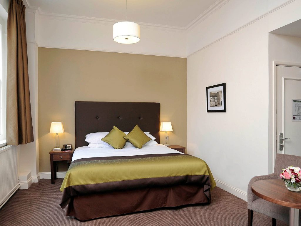 Vine Hotels Mercure Southampton Centre Dolphin Hotel Bedroom