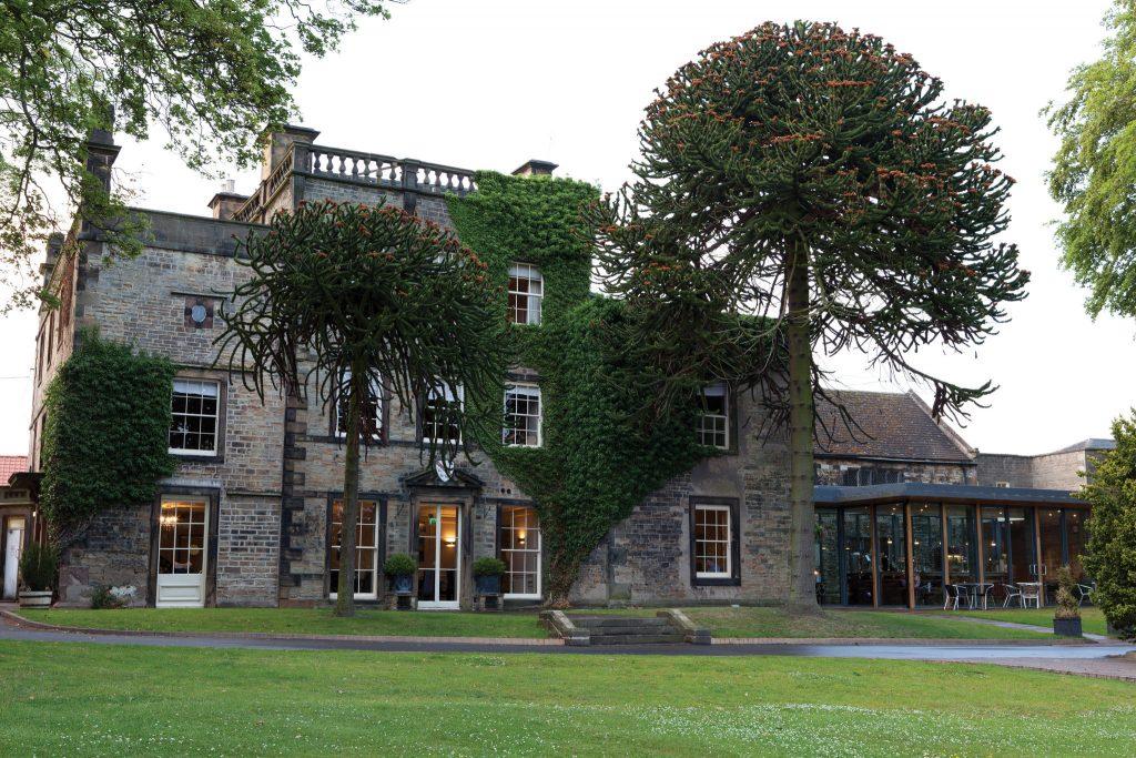 Enjoy a stay with Vine Hotels: Best Western Plus Mosborough Hall Hotel Exterior